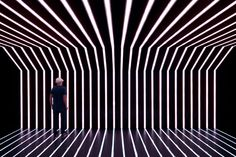 light art installation Light installation detail at the dance hall: withe light Club Lighting, Lighting Concepts, Linear Lighting, Stage Lighting, Neon Lighting, Lighting Design, Projection Installation, Light Tunnel, Nightclub Design