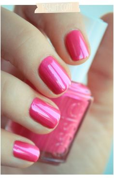 This pink is legally blonde pink. I want it. Essie-Tour de Finance