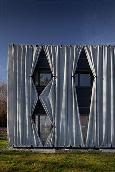 Gash, Slit:  Outdoor curtains. Aichinger House