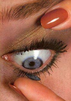 """contact lens,"" 1981irving penn"