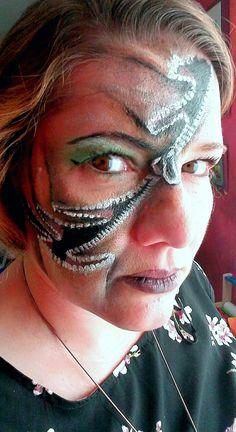 Zipface Reissverschluss Halloween Facepainting by Sabrina Hoffmann Face Art, Carnival, Halloween, Carnivals, Carnival Holiday, Makeup Art, Spooky Halloween