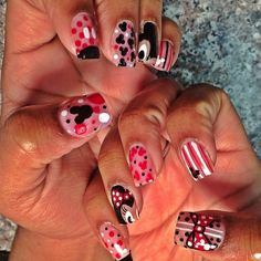 Mickey and minne mouse nails nails nail mickey mouse minnie mouse pretty nails nail art nail ideas nail designs