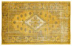 Vintage Teppich Unikat in gelb Original Vintage, Carpet, The Originals, Rugs, Home Decor, Scrappy Quilts, Persian Carpet, New Looks, Yellow