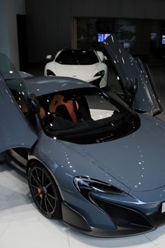 Just Everything Daily News Classy Issues Necessary Accessoires Clothing News Sneaker Releases Hypest Cars Food Coma House Inspos and a lot more pins to come! Luxury Sports Cars, Exotic Sports Cars, New Luxury Cars, Sport Cars, Race Cars, Exotic Cars, Carros Audi, Minions, Mclaren Cars