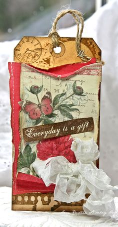 Annes paper fun: Everyday is a gift.... Vintage Garden paper from Pion Design