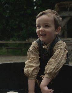 "Wee Jamie in ""The Watch"" of Outlander on Starz via http://outlander-online.com/2015/05/03/1370-uhq-1080p-screencaps-of-episode-1x13-of-outlander-the-watch/"