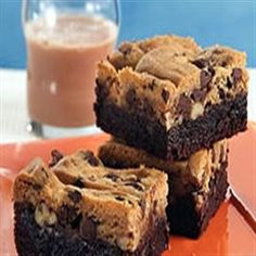"Praline Brookies from Pillsbury® Baking. ""I can't wait to bake these! Sweet Breakfast, Breakfast Dessert, Dessert Bars, Dessert Ideas, Yummy Treats, Delicious Desserts, Yummy Food, Sweet Treats, Sweets Recipes"