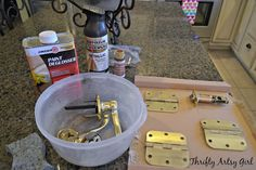 DIY Spray Painted Doorknobs: From Cheap Brass to Expensive Oil Rubbed Bronze ~ Thrifty Artsy Girl