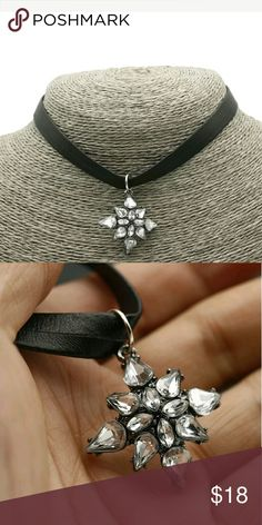 Brand new leather felt choker w star stone new Flawless new in package adjustable has a lil weight to the front piece over a inch thick! Like no other choker you seen before!   Free fast shipping   Goth 90s lolita grunge choker Jewelry Necklaces