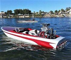 63 Stevens V drive blown nailhead Fast Boats, Cool Boats, Speed Boats, Power Boats, Vintage Boats, Vintage Ski, Powerboat Racing, Flat Bottom Boats, Ski Boats