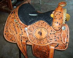 Look at the tooling on this saddle!