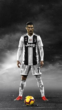 Looking for New 2019 Juventus Wallpapers of Cristiano Ronaldo? So, Here is Cristiano Ronaldo Juventus Wallpapers and Images Christano Ronaldo, Ronaldo Football, Ronaldo Videos, Nike Football, College Football, Cristiano Ronaldo Shirt, Cristiano Ronaldo Wallpapers, Borussia Dortmund