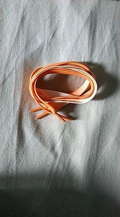 88d75d9e569a8 Lacets neufs dégradé orange et blanc, jamais utilisés (trop courts pour mes  bottines)