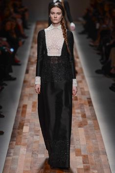 Fall 2013 Ready-to-Wear  Valentino  Vintage Inspired