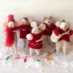 """Merry little Christmas"" Mice collection w/mini-Lavish totes"