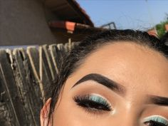 Mint simple look using Juvias place masquerade palette