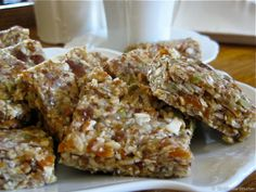Gluten Free Nut and Seed Bars - Want a great healthy snack for the whole family? These raw vegan gluten free nut and seeds bars are AMAZING. Just mix in the food processor and chill.