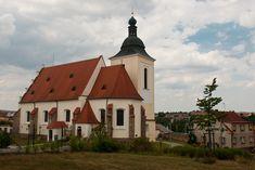 Czech Republic, Cabin, Mansions, Architecture, House Styles, Google, Home Decor, Arquitetura, Decoration Home