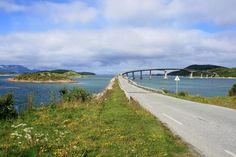 Bridge to Sommaröy
