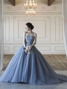 Emily(エミリー)グレーのカラードレス SS5982Gray 【レンタル】 Pretty Quinceanera Dresses, Pretty Dresses, Blue Dresses, Beautiful Dresses, Wedding Dress With Veil, Wedding Attire, Going Away Dress, Bridal Gowns, Wedding Gowns