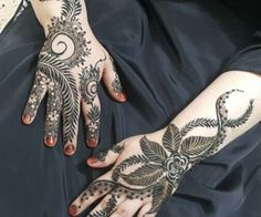 """Find and save images from the """"henna"""" collection by ßaby doll on We Heart It, your everyday app to get lost in what you love. Khafif Mehndi Design, Stylish Mehndi Designs, Mehndi Design Photos, Wedding Mehndi Designs, Beautiful Henna Designs, New Mehndi Designs, Mehndi Images, Beautiful Mehndi, Mehndi Art"""