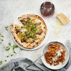 TORONTO - FIGO offers Italian inspired cuisine in a stylishly elegant setting. Using the freshest and finest ingredients by Executive Chef Ben Heaton. Brunch Menu, Dinner Menu, Fixed Menu, Gastro Pubs, Best Sushi, Sushi Restaurants, Executive Chef, Food Festival, Italian Recipes