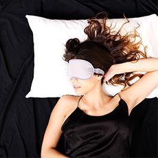 Uyumanın, vücut sağlığını korumada ve kilo vermede en önemli etkenlerden biri olduğunu biliyor muydunuz? http://bit.ly/working-mother-tr-kilo-verme-uyku #uyku #kiloverme #kilo #WorkingMotherTR