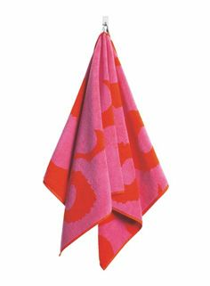 Unikko-käsipyyhe (punainen,pinkki)  Sisustustuotteet, Kylpyhuone, Pyyhkeet, Käsipyyhkeet   Marimekko