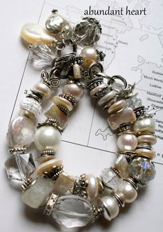 Gorgeous mix of crystals, pearls, and metal. Bridal Jewelry, Beaded Jewelry, Jewelry Bracelets, Artisan Jewelry, Handcrafted Jewelry, Unique Jewelry, Bracelet Making, Jewelry Making, Artisanal