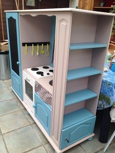 Diy kitchen play set entertainment center tvs New Ideas Diy Kids Furniture, Refurbished Furniture, Repurposed Furniture, Furniture Makeover, Porch Furniture, Smart Furniture, Barbie Furniture, Metal Furniture, Furniture Design