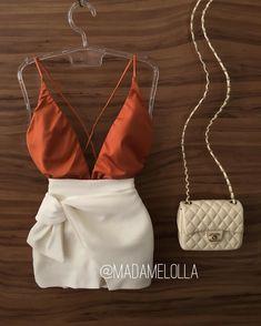 Novidade quentinha: body Luana (ferrugem) e short saia Mirela 🌞💛   COMPRE AQUI: WWW.MADAMELOLLA.COM 💨💨 Pll Outfits, Clubbing Outfits, Dressy Outfits, Skirt Outfits, Outfits For Teens, Chic Outfits, Fashion Outfits, Fashion 101, Womens Fashion