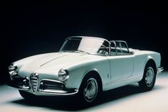 Google Image Result for http://www.carfani.com/wp-content/pictures/1955-Alfa-Romeo-Giulietta-Spider-engine.jpg