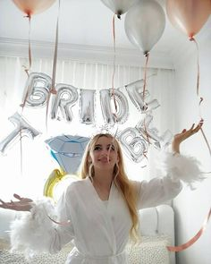 Bride to be Hen Party Balloons, Bride To Be Balloons, Bridal Shower Balloons, Gold Bridal Showers, Bridal Shower Party, Wedding Balloon Decorations, Engagement Decorations, Bachelorette Party Decorations, Wedding Balloons