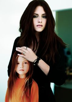 Bella & Renesmee...  WHY DOES THE SECOND PART HAVE TO BE SOOO FAR AWAY!!!