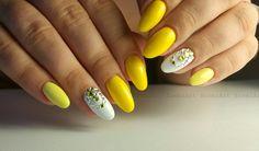 Nails * nail art * yellow * white * rhinestones