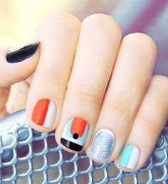 Runway Nail Kit | http://uncovet.com/resort2runway-nail-kit?via=HardPin=type56