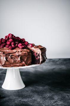 Vegan Chocolate Raspberry Cake | occasionallyeggs.com