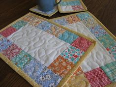 Mug Rugs Table Quilts Coasters Candle Mats Lunch by DollPatchworks, $16.00 dollpatchworks-etsy-com LOOK it's our fabrics! Mug Rug Tutorial, Quilted Table Runners, Table Runner And Placemats, Small Quilts, Mini Quilts, Quilted Gifts, Penny Rugs, Table Toppers, Mug Rug Patterns