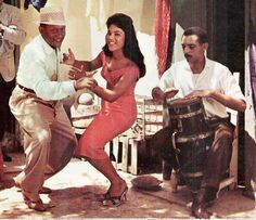La Rumba Cuba... obviously a vintage shot from Cuba. Hand drums are similar around the world. Guessing that is a requinta and it looks just like my dholaki from India...