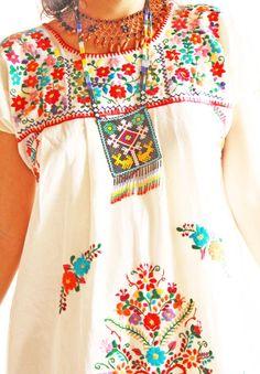 El Jardin vintage Mexican embroidery & lace romantic floral dress