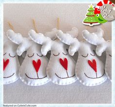 Cute felt Christmas decoration - could make them brown instead for a rudolph