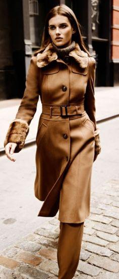 chic street- camel coat