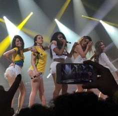 Fifth Harmony on stage #727TourSaoPaulo