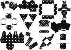Black with White Polka Dots: Free Printable Boxes for Wedding. Printable Box, Free Printables, Folding Socks, Black Dots, Black And White, Dots Free, Oh My Fiesta, Paper Purse, Wedding Envelopes