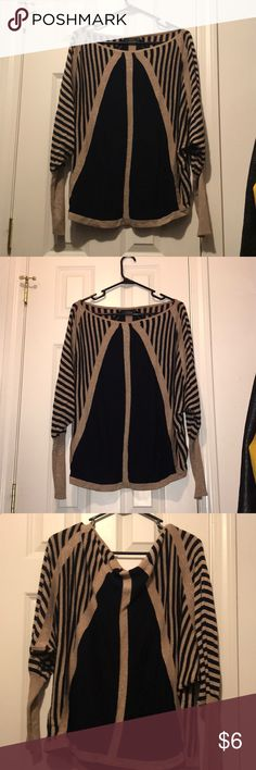 NWOT Black and gold striped sweater NWOT Black and gold sweater in size medium from brand: thml THML Sweaters