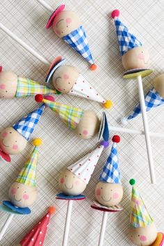 Clown cupcake toppers by Chiara Alberetti Milott (via Oh Happy Day!).