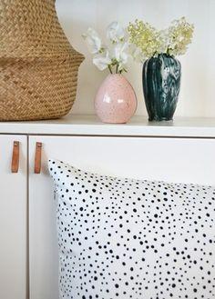 Elina Dahl Design. Kuddfodral designat av Elina Dahl, tillverkat i Sverige. 100% eko.