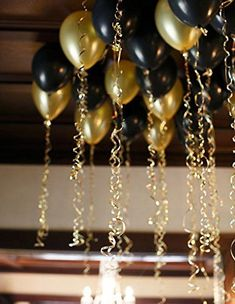 top 25 awesome great gatsby party decoration ideas - The world's most private search engine Roaring Twenties Party, Roaring 20s Birthday Party, Gold Birthday Party, 30th Birthday, Christmas Birthday, Christmas Decor, Great Gatsby Party Decorations, Great Gatsby Themed Party, Prom Decor