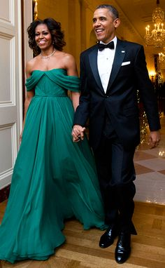 Michelle Obama stuns in emerald Marchesa gown at Kennedy Center Honors.