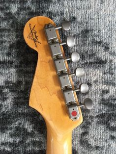 Fender Custom Shop 61 Reissue Stratocaster on Gumtree. Up for grabs is a Fender Custom Shop Strat in Sonic Blue Medium Relic. This has seen about 5 hours h